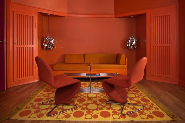 画像: 「ホテル・アレクサンドラ」の「ヴェルナー・パントン・スイート」 COURTESY OF HOTEL ALEXANDRA