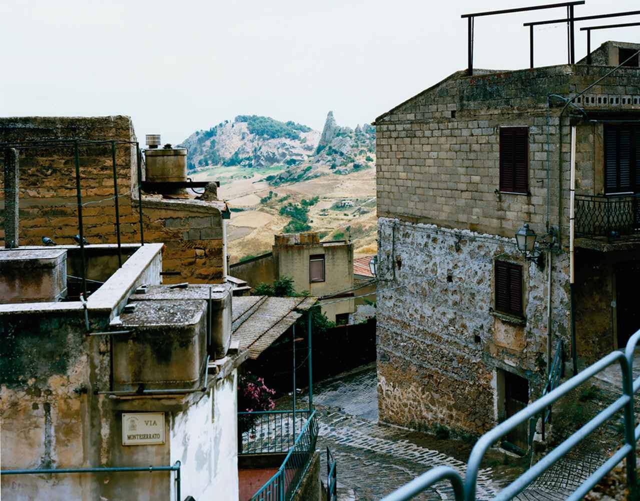 Images : 4番目の画像 - 「滅びゆくイタリア山間の町が 起死回生をとげるまで」のアルバム - T JAPAN:The New York Times Style Magazine 公式サイト
