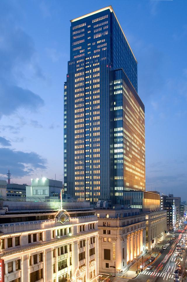 画像: 江戸時代から続く東京の中心地、日本橋にそびえるホテル外観