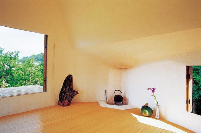 画像: 「一夜亭」の室内 PHOTOGRAPH BY AKIHISA MASUDA