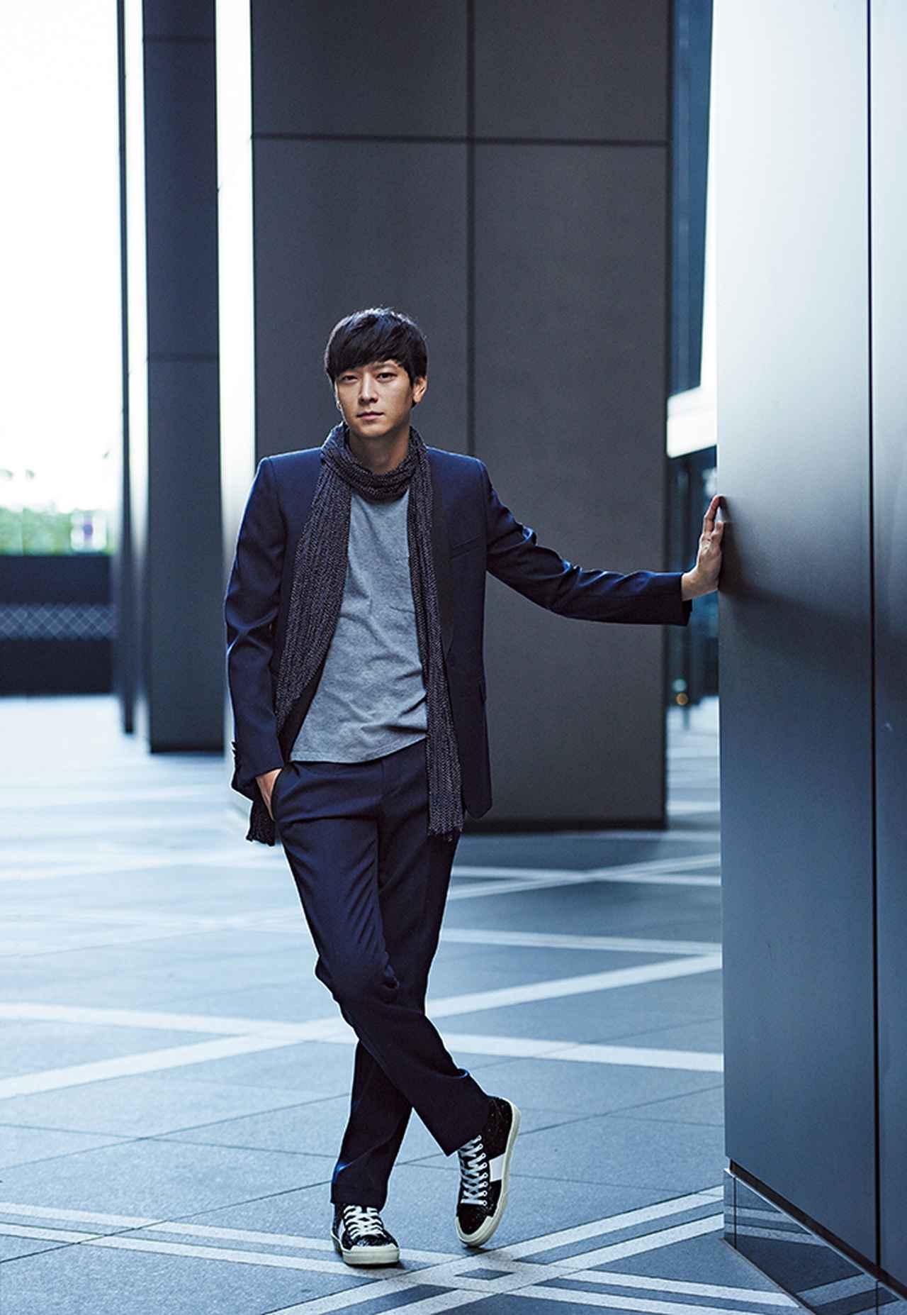 """Images : 6番目の画像 - 「俳優カン・ドンウォンが着こなす """"スタイル""""のある服」のアルバム - T JAPAN:The New York Times Style Magazine 公式サイト"""