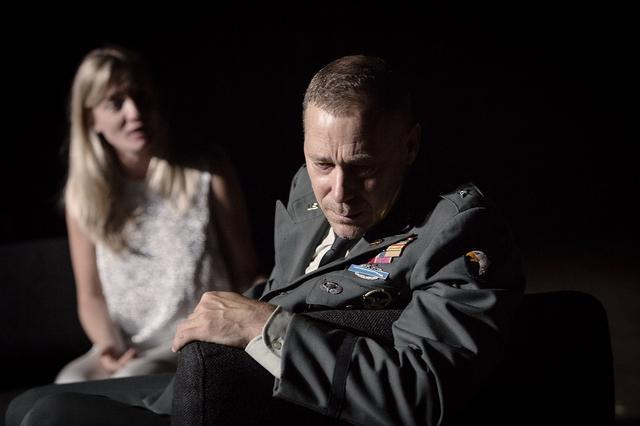画像: オセロー役は、トネールグループ・アムステルダムの名優ハンス・ケスティング