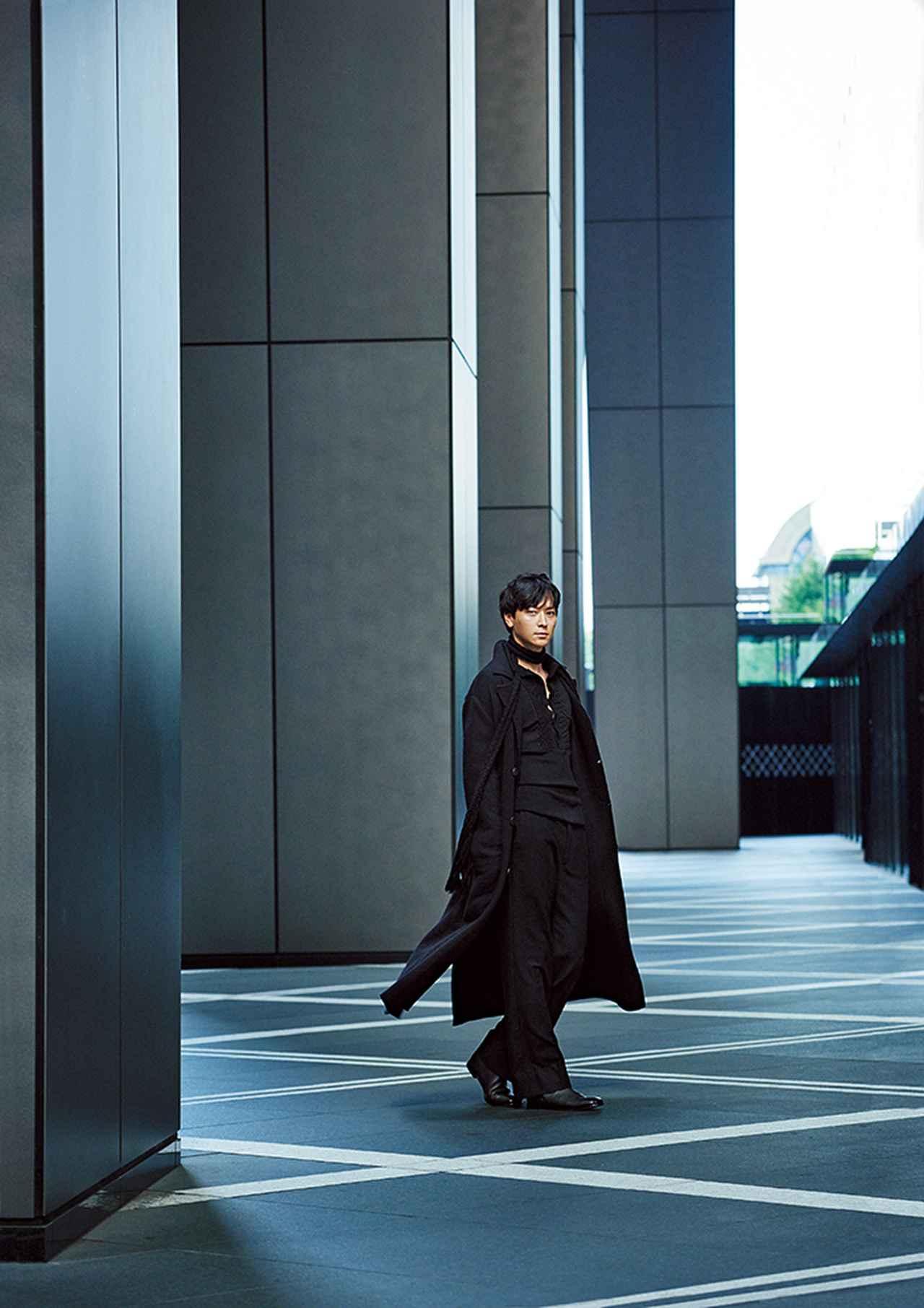 """Images : 7番目の画像 - 「俳優カン・ドンウォンが着こなす """"スタイル""""のある服」のアルバム - T JAPAN:The New York Times Style Magazine 公式サイト"""