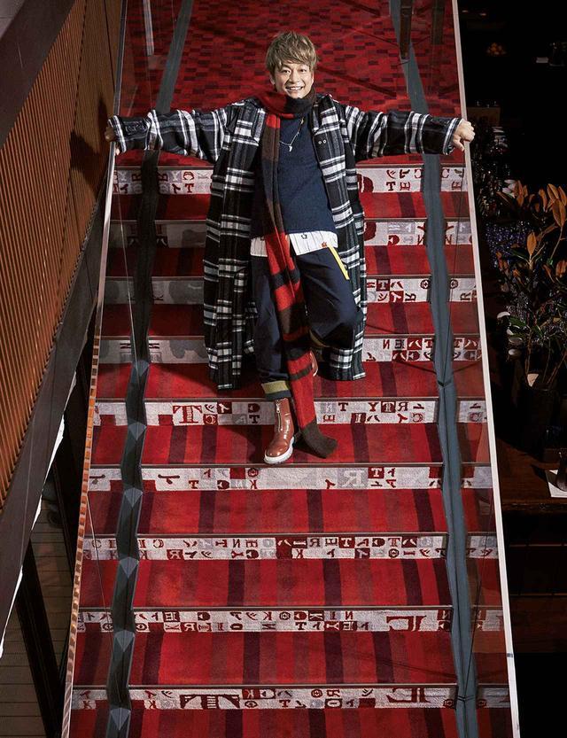 画像3: 香取慎吾 ―― 着飾りすぎる男