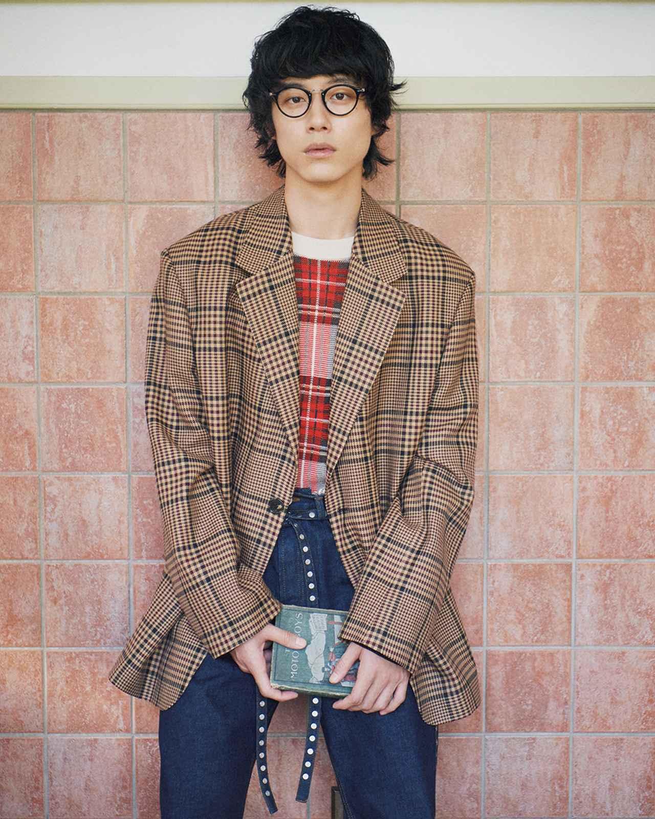 "Images : 3番目の画像 - 「坂口健太郎が語る チェックの服と 役者としての""今""」のアルバム - T JAPAN:The New York Times Style Magazine 公式サイト"