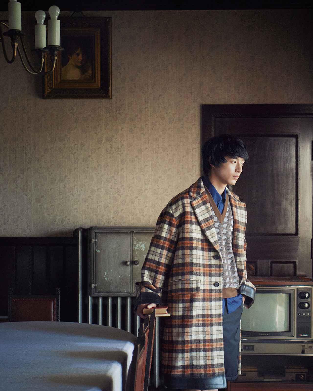 "Images : 1番目の画像 - 「坂口健太郎が語る チェックの服と 役者としての""今""」のアルバム - T JAPAN:The New York Times Style Magazine 公式サイト"