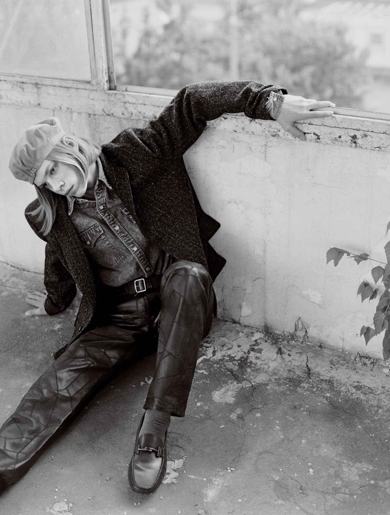 Images : 4番目の画像 - 「テーラードと スポーツをミックス。 ストリートスタイル最前線」のアルバム - T JAPAN:The New York Times Style Magazine 公式サイト