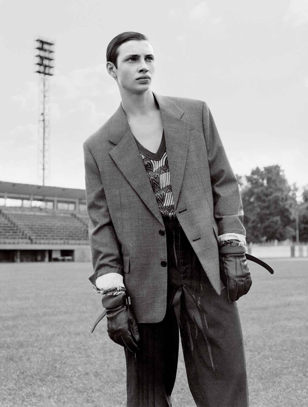 Images : 7番目の画像 - 「テーラードと スポーツをミックス。 ストリートスタイル最前線」のアルバム - T JAPAN:The New York Times Style Magazine 公式サイト