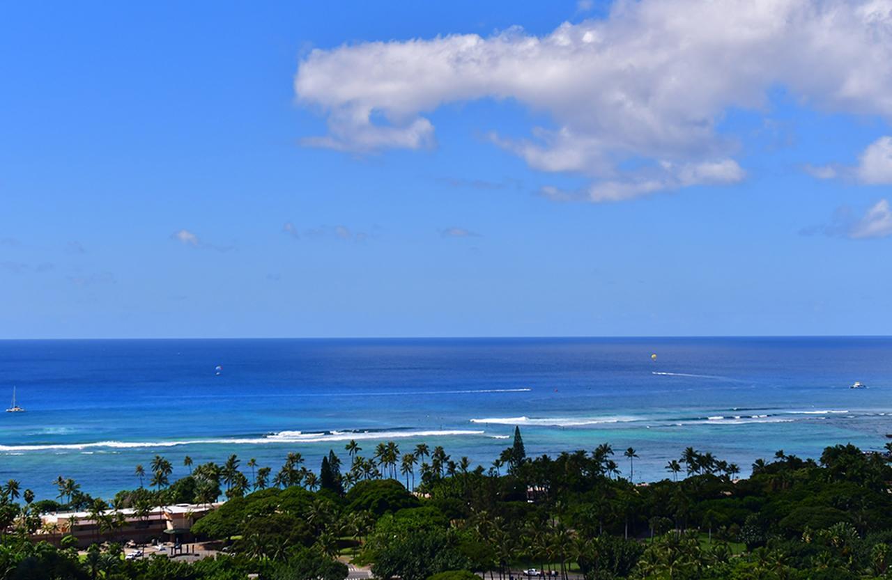 Images : 2番目の画像 - 「「ザ・リッツ・カールトン・ レジデンス ワイキキビーチ」で 暮らすように過ごす滞在を」のアルバム - T JAPAN:The New York Times Style Magazine 公式サイト