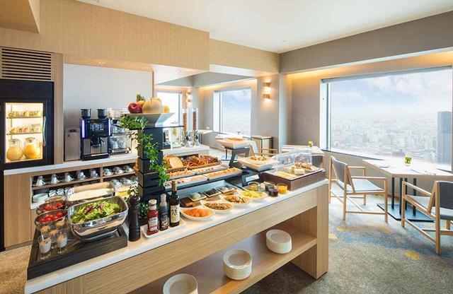 画像: 35階に位置する「エグゼクティブ ラウンジ」は、2018年3月にリニューアルオープン