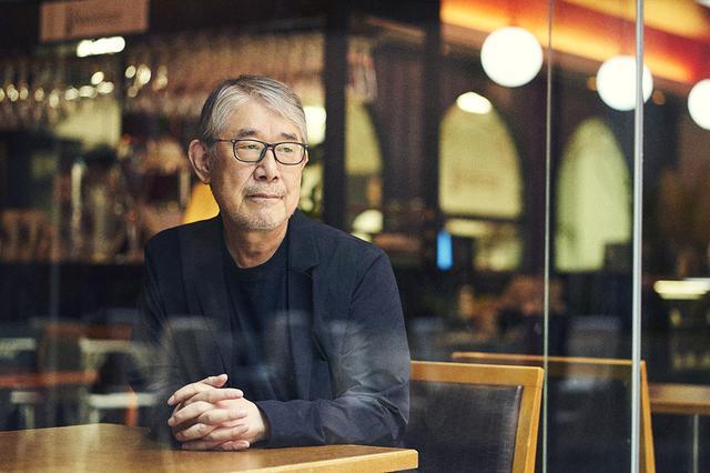 画像: 「やりたいことをやってきたから、最後まで好きなことだけやっていきたいね」と語る松本隆。ドイツ文化会館内のカフェレストラン「ボーデンゼー赤坂」にて