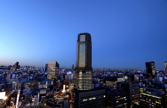 画像: 周囲には超高層ビルがないため、渋谷の景色を独り占め。360度の展望が楽しめる www.tjapan.jp