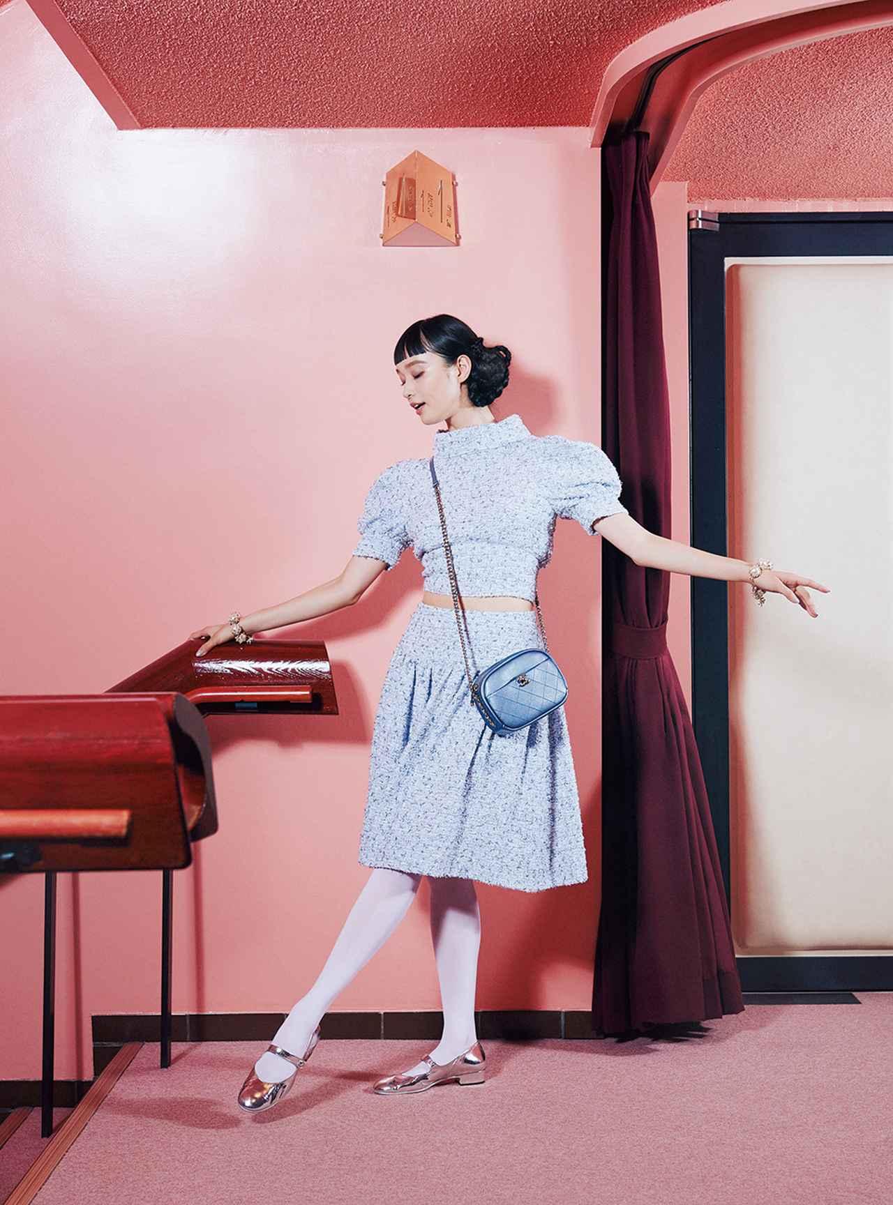 Images : 3番目の画像 - 「至福の時空へ誘う 華麗なる観劇スタイル」のアルバム - T JAPAN:The New York Times Style Magazine 公式サイト