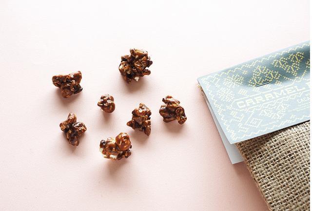 画像: 「キャラメルポップコーン」1袋<140g入り>¥1,000 パチャママ 問い合わせ先:info@pacha-mama.jp 公式サイト