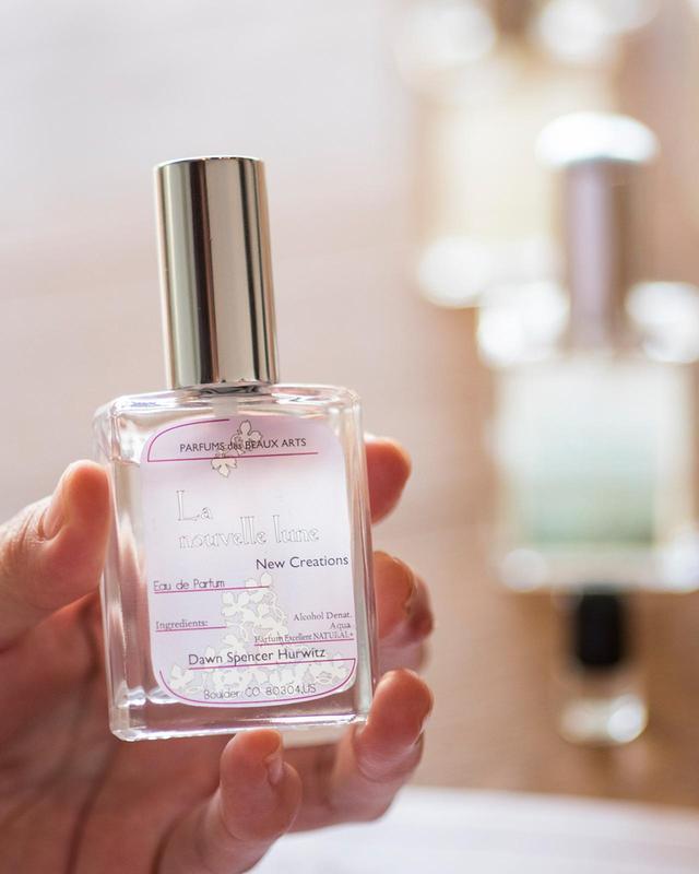 画像: オード パルファム「ラ ヌベル リュンヌ」<30ml> ¥10,500 キンモクセイやチュニジアンネロリ、この香りのために開発されたサクラペタルなどで構成されるクリーミーでエアリーなフローラルノート