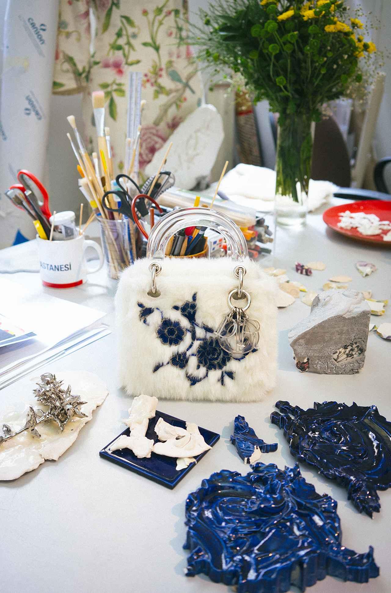Images : ブルチャク・ビンギョルによるバッグ(ミニサイズ)¥770,000