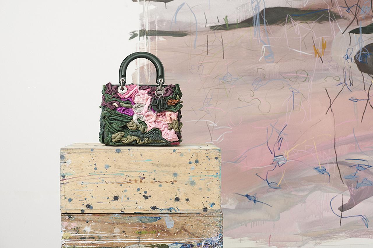 Images : ジャナイナ・チェッペによるバッグ(ミディアムサイズ)¥1,200,000