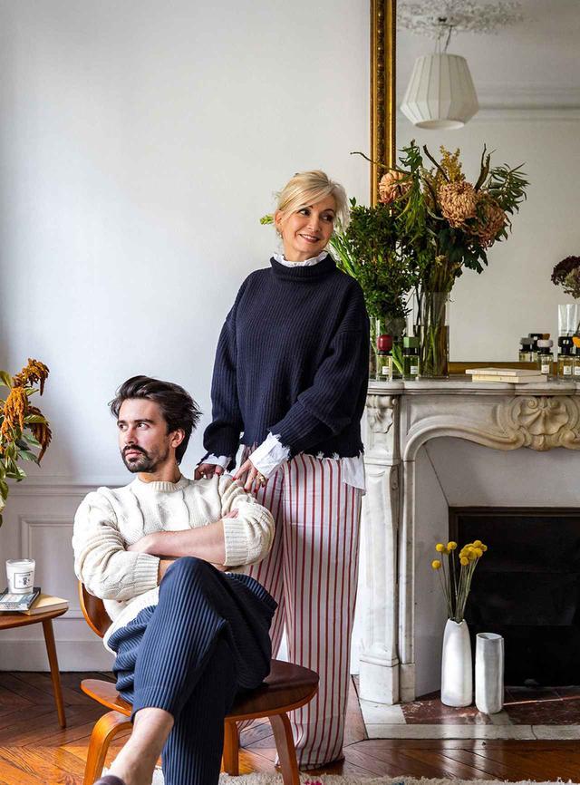 画像: マリー=リーズ・ジョナック(右)とバティスト・ブイグ(左)。新進フレグランスブランド「オルメ」をともに立ち上げた、母と息子のコンビだ