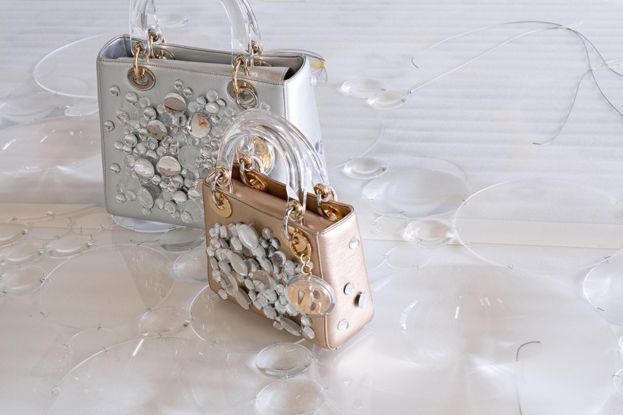 画像 : 荒神明香によるにバッグ