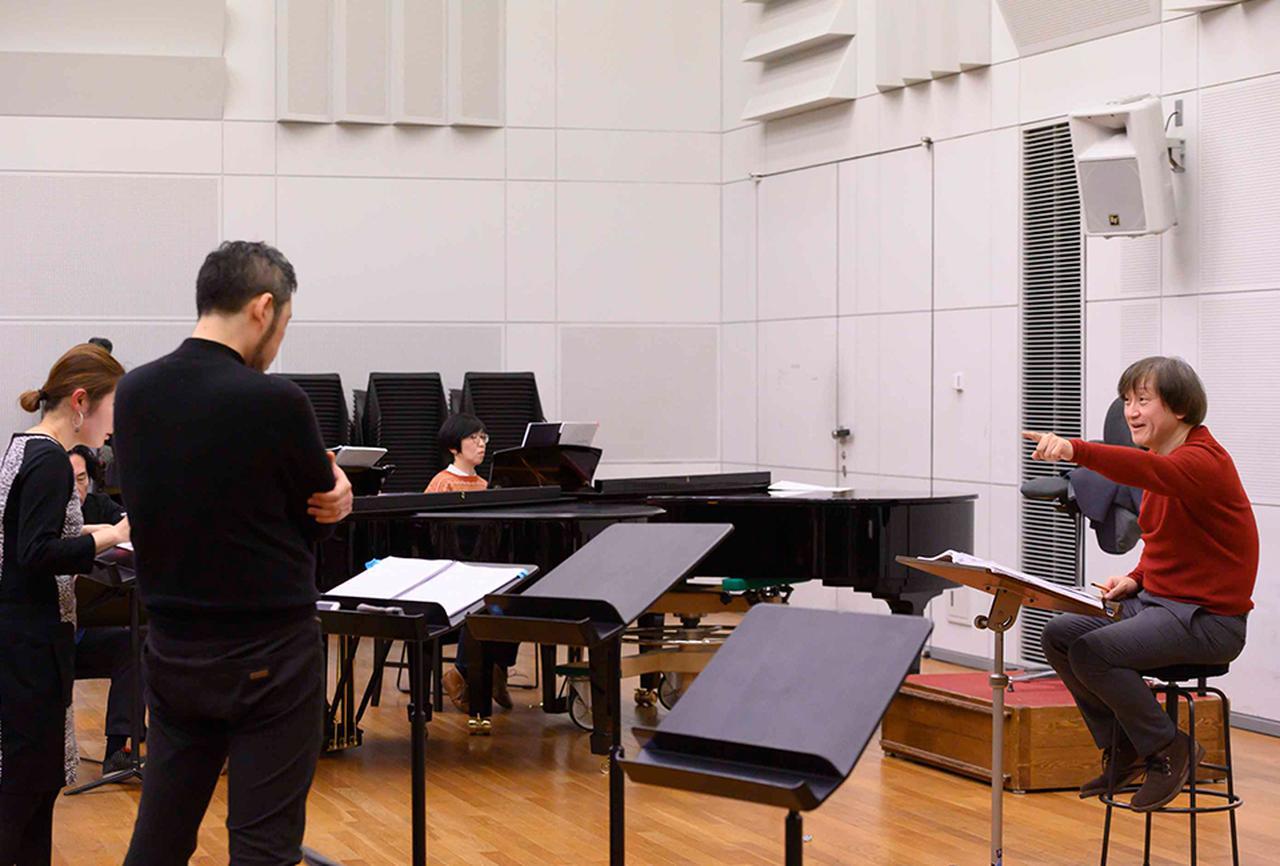 画像 : 3番目の画像 - 「新国立劇場 オペラ芸術監督 大野和士が切り拓く 日本のオペラ新時代」のアルバム - T JAPAN:The New York Times Style Magazine 公式サイト
