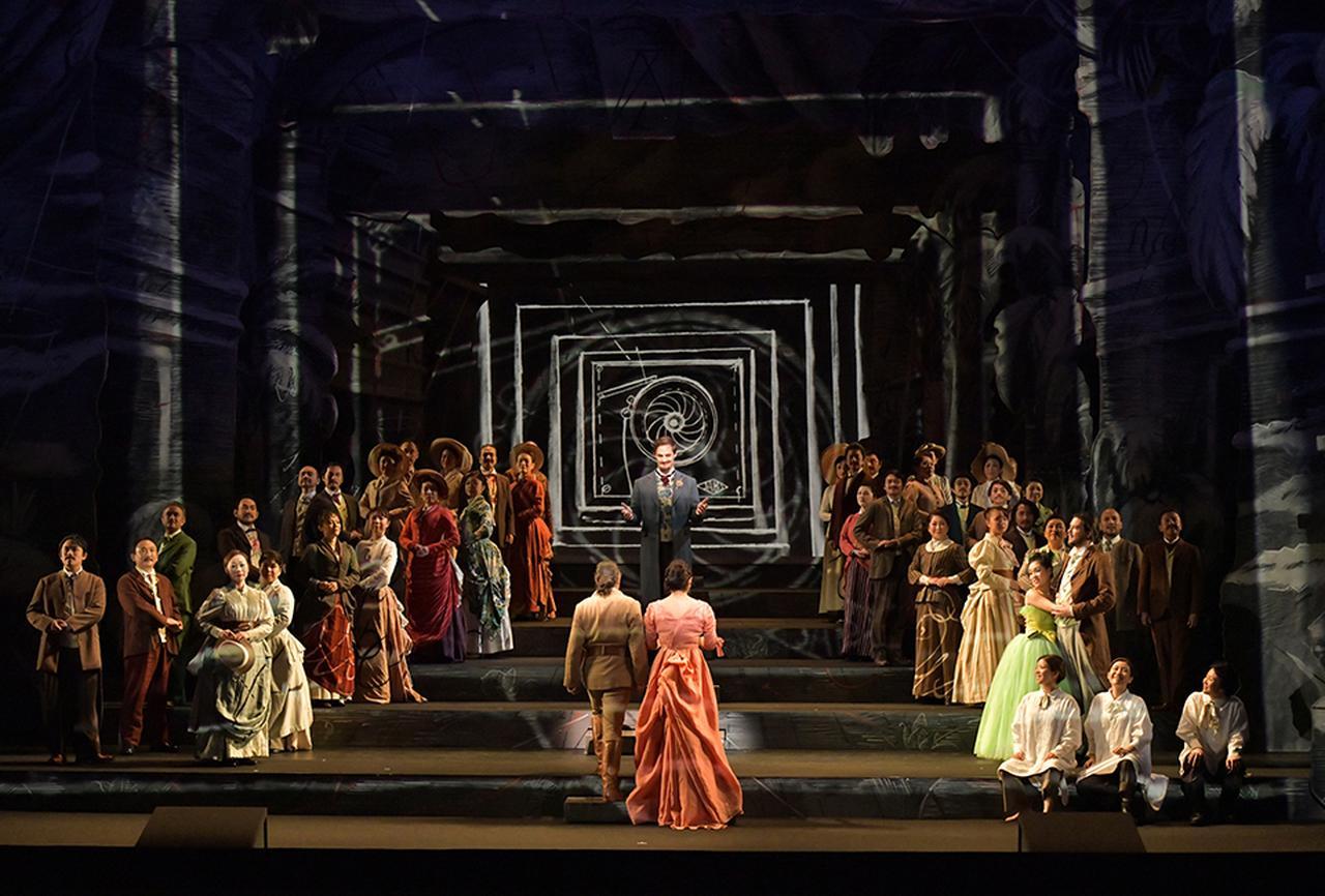 画像 : 2番目の画像 - 「新国立劇場 オペラ芸術監督 大野和士が切り拓く 日本のオペラ新時代」のアルバム - T JAPAN:The New York Times Style Magazine 公式サイト
