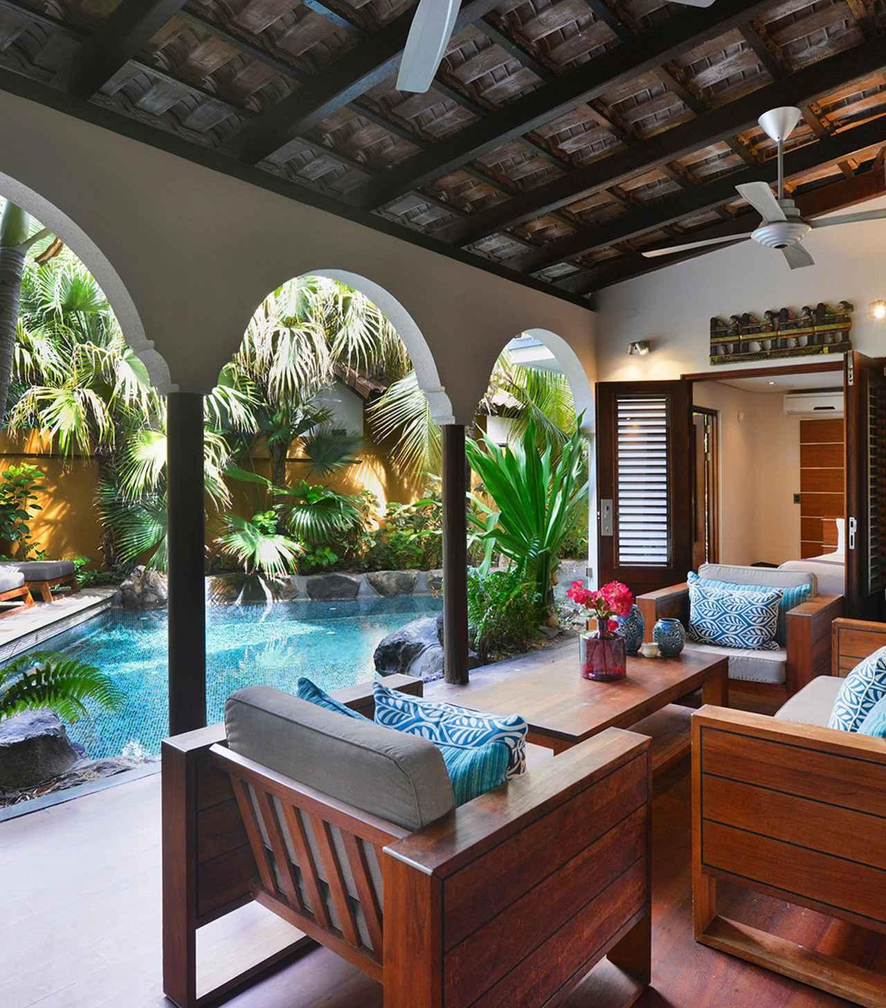画像: 「バオアセ・ラグジュアリー・リゾート」のプライベートプールを完備したヴィラ COURTESY OF BAOASE LUXURY RESORT