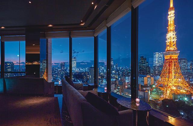 画像: スカイラウンジ ステラガーデン 東京タワーを隣に見る夜景は感動的。オリジナルカクテルも好評で、平日は午前1時半がラストオーダーと、ゆったり大人の時間を楽しめる