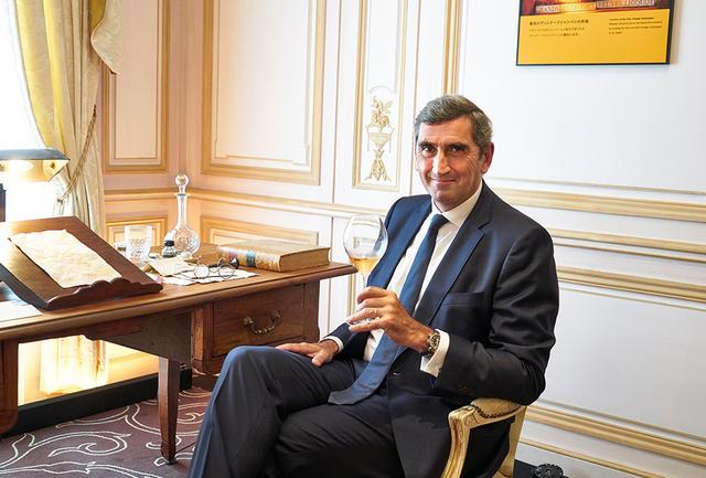 画像: ジャン=マルク・ギャロ ヴーヴ・クリコ・ポンサルダン社代表取締役CEO。ルーアンビジネススクールを卒業後、「カルティエ」「クリストフル」などでマネジメント職を歴任。2003年、ルイ・ヴィトン・ノース・アメリカのジェネラルマネージャーとしてLVMHグループに入社、2006年にヨーロッパ圏の取締役社長に就任。2014年より現職。大の親日家で、昨年二度目の来日を果たした。「『ヴーヴ・クリコ』の日本への初出荷は1867年でした。日本は長いおつきあいのある、特別な国なのです」