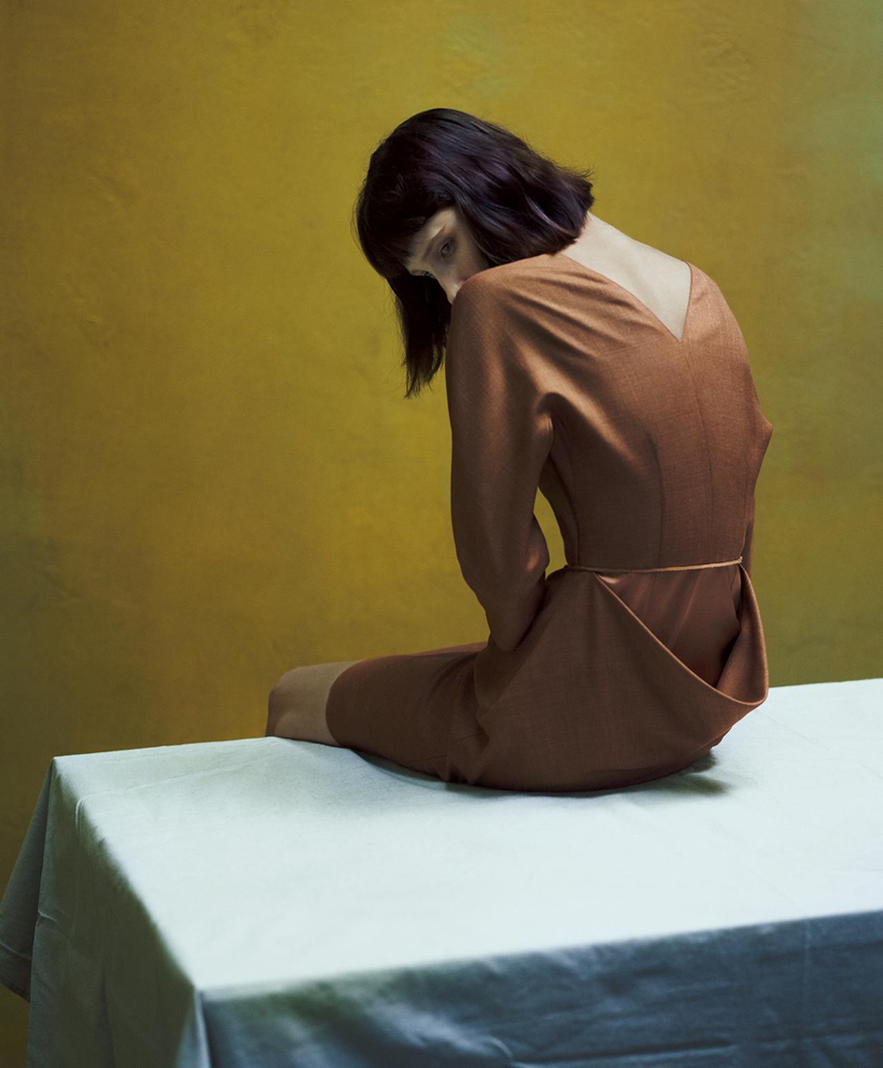 Images : 7番目の画像 - 「春、モードは ドラマティックなフォルムに 回帰する」のアルバム - T JAPAN:The New York Times Style Magazine 公式サイト