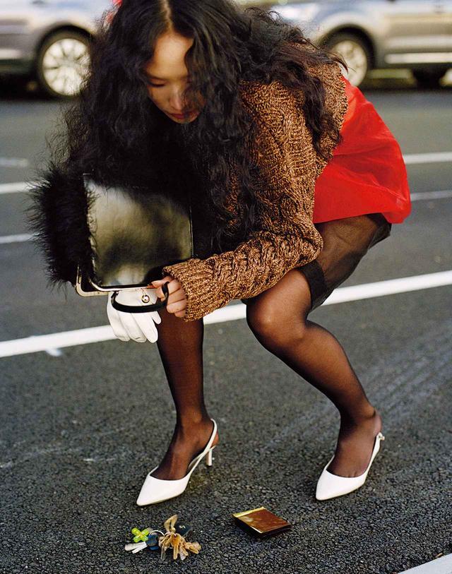 画像3: 日常に華麗なるカオスを。 パワフルに着こなす 「レディ・ライク」