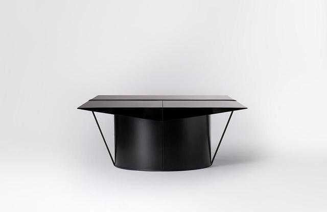 画像: 「Tense ローテーブル」 アウトドア用ギアの構造を参考にした作り
