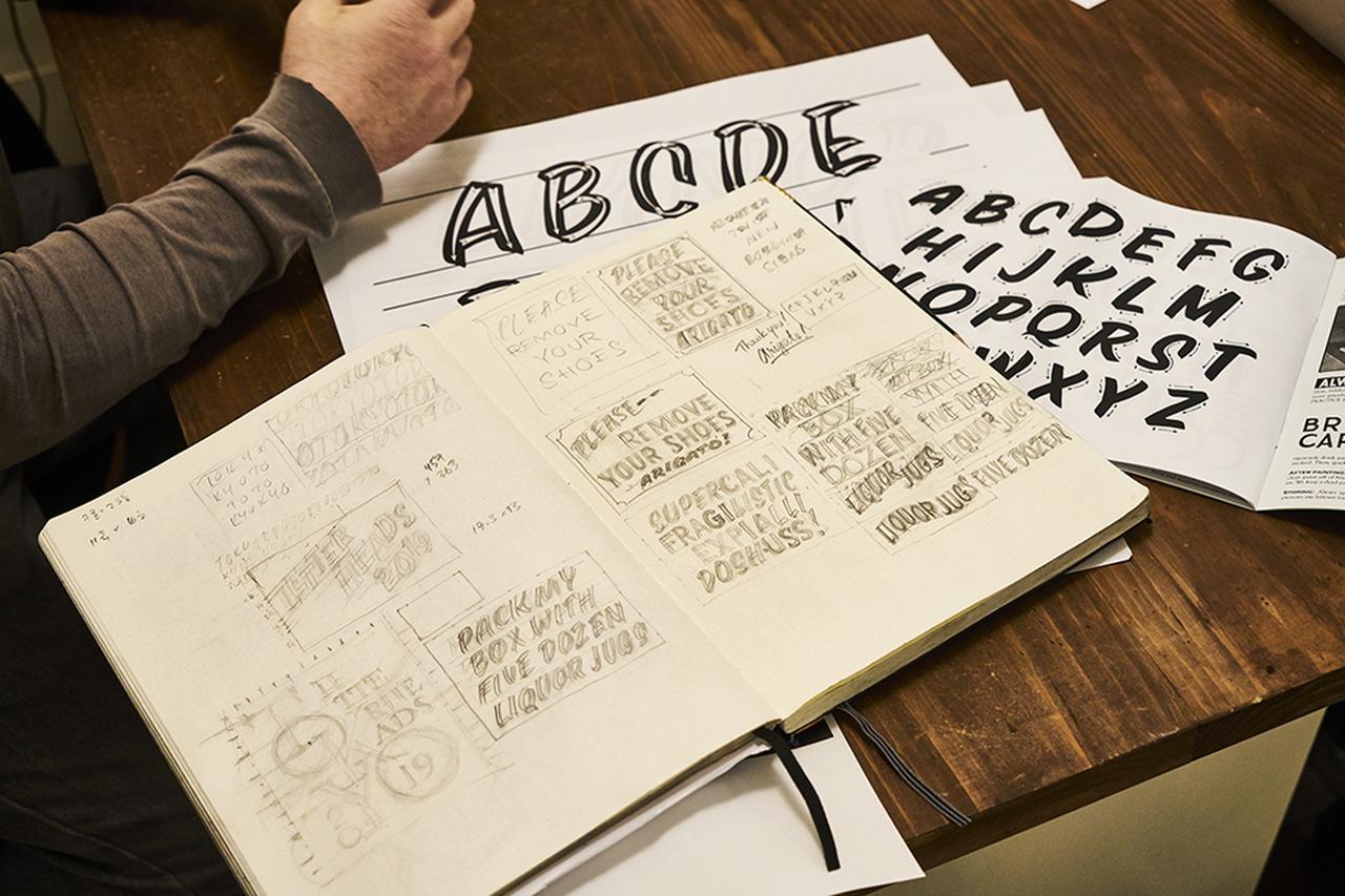 Images : 7番目の画像 - 「サンフランシスコの看板屋 デーモン・スタイヤーの 手描き看板が伝えるもの」のアルバム - T JAPAN:The New York Times Style Magazine 公式サイト