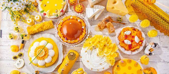 画像: 6月4日(火)から、ストロベリーに代わって始まる「Happyハニー・ホリック」。ハチミツやチーズ、レモン、マンゴーなど鮮やかな黄色づくしで、夏にぴったりのブッフェだ