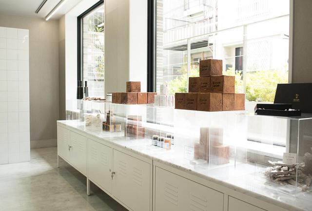 画像: 店内で販売されるパンや焼き菓子は今後順次増やしていく予定。商品の一部は「リアン」のHPからも購入可能