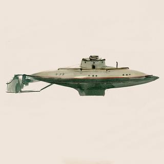 金属製の潜水艦/1900年代初期