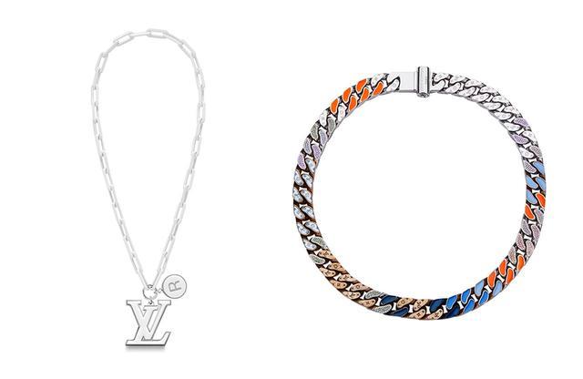画像: (左)ネックレス「ペンダント・LVチェーンリンクス」¥239,000 (右)ネックレス「コリエ・LVチェーンリンクス パッチーズ」¥383,000