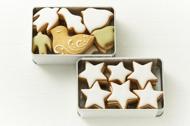 画像: (左上)鳥のかたちクッキー¥1,500 (右下)夜空缶 ¥1,500 ともに<H8×W12×D4cm> レモン風味、シンプルでやさしい味わい