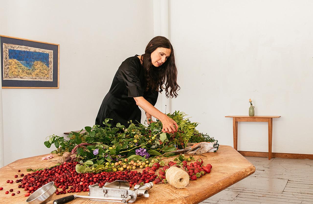 Images : 9番目の画像 - 「ホリスティック・スキンケアの エキスパートが追い求める 植物の新たな可能性」のアルバム - T JAPAN:The New York Times Style Magazine 公式サイト