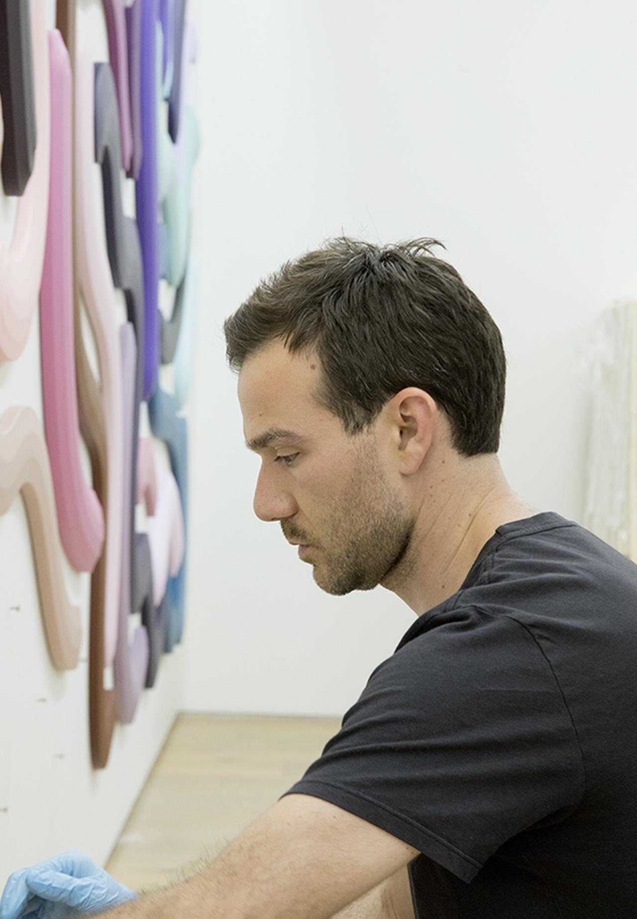 Images : 5番目の画像 - 「色彩とかたちをあやつる ジョシュ・スパーリングの 新しい抽象芸術」のアルバム - T JAPAN:The New York Times Style Magazine 公式サイト