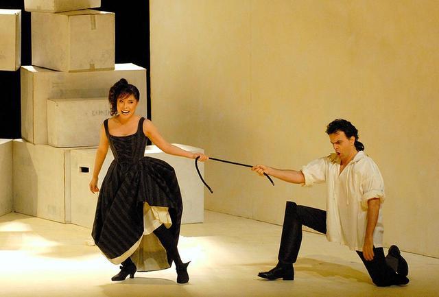 画像: 新国立劇場では2007年と2017年にモーツァルト作曲『フィガロの結婚』のスザンナ役を演じた。リュー役と並んで出演回数も多く、世界中の歌劇場で好評を得た当たり役 PHOTOGRAPH BY MASAHIKO TERASHI