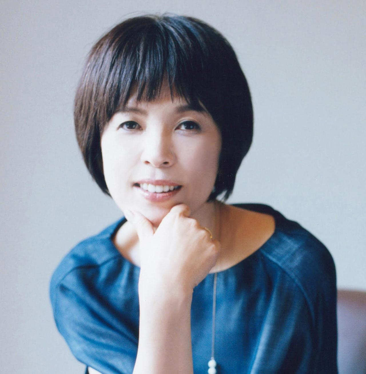 Images : 原田マハ