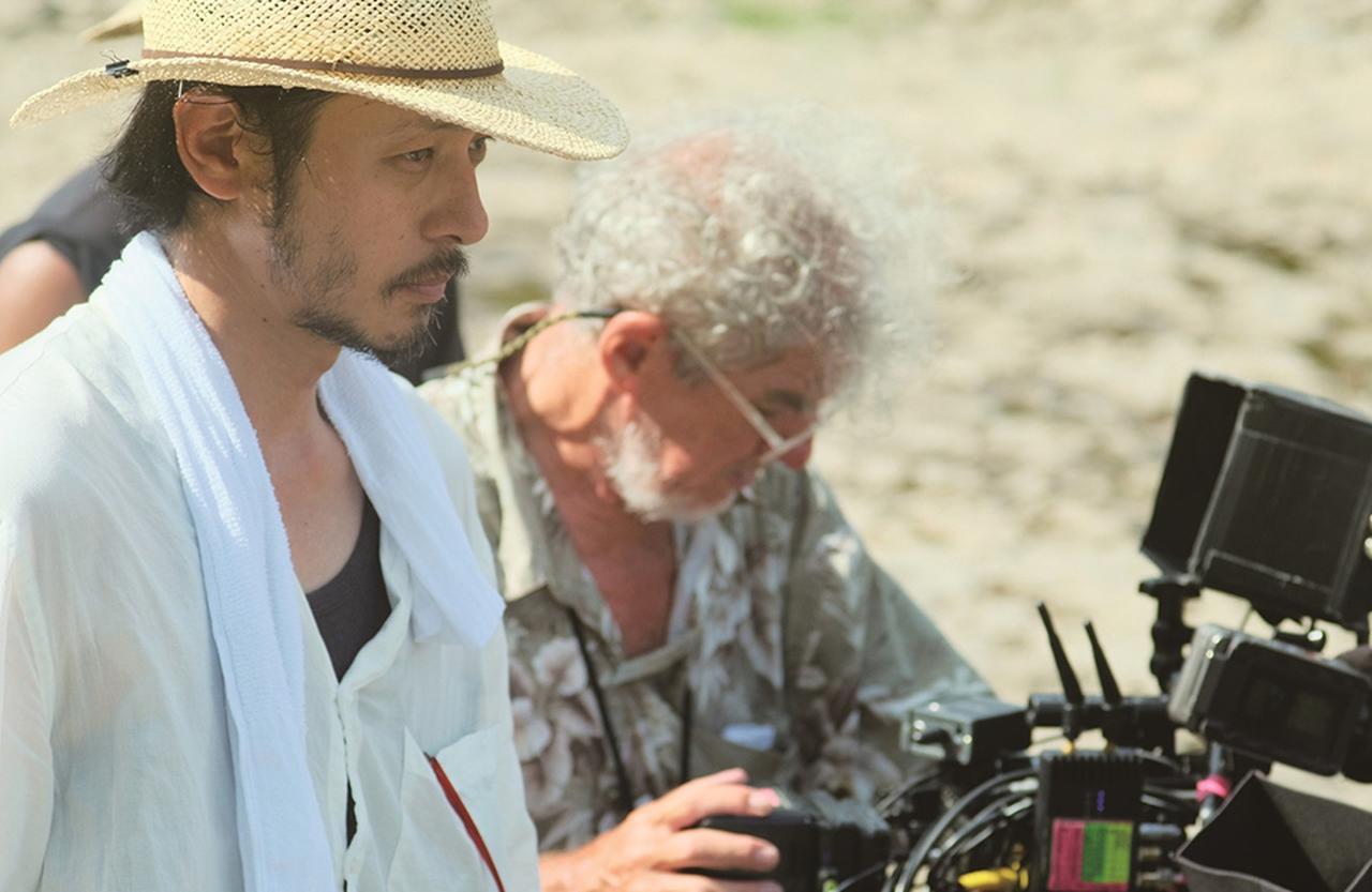 Images : 6番目の画像 - 「初長編作品『ある船頭の話』で ヴェネチア国際映画祭へ。 監督 オダギリ ジョーの覚悟」のアルバム - T JAPAN:The New York Times Style Magazine 公式サイト