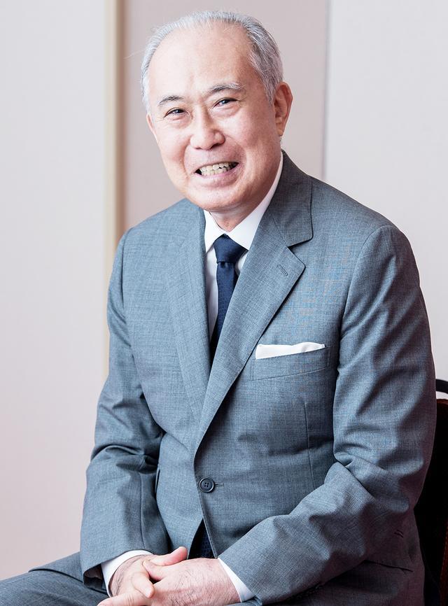 画像: 中村吉右衛門(NAKAMURA KICHIEMON) 歌舞伎俳優。1944年生まれ。現代歌舞伎を代表する立役の一人。八代目松本幸四郎(初代白鸚)の次男。祖父の初代吉右衛門の養子となる。1948年6月東京劇場『俎板長兵衛』の長松ほかで中村萬之助を名のり初舞台。1966年10月帝国劇場『金閣寺』の此下東吉ほかで二代目中村吉右衛門を襲名。2002年日本芸術院会員。2011年重要無形文化財(人間国宝)、2017年文化功労者に認定。受賞歴多数。池波正太郎原作のテレビドラマ『鬼平犯科帳』でも知られる PHOTOGRAPH BY NARUYASU NABESHIMA