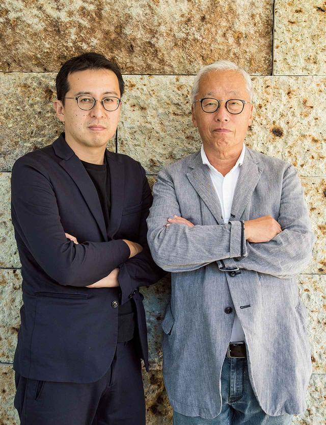 画像: 「新素材研究所」は、世界的な現代美術作家の杉本博司(右)と建築家の榊田倫之が2008年に設立した建築設計事務所。古代や中世、近世に用いられた素材や技法を再解釈し、現代建築をデザインする。代表作に「MOA美術館」、「小田原文化財団 江之浦測候所」など COURTESY OF NEW MATERIAL RESEARCH LABORATORY