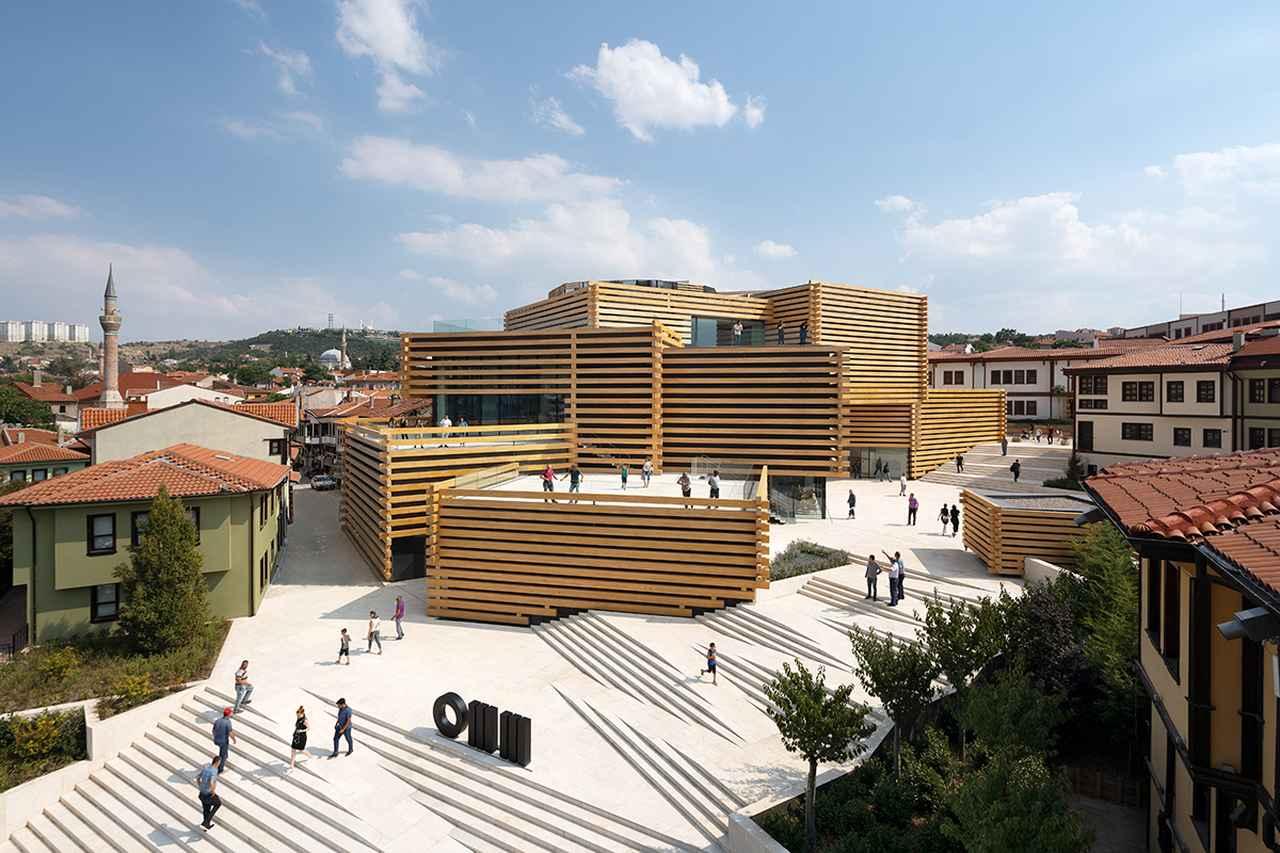 Images : 11番目の画像 - 「隈研吾の建築がトルコに出現。 オーナー、建築家、市民が、 未来を夢みる美術館」のアルバム - T JAPAN:The New York Times Style Magazine 公式サイト