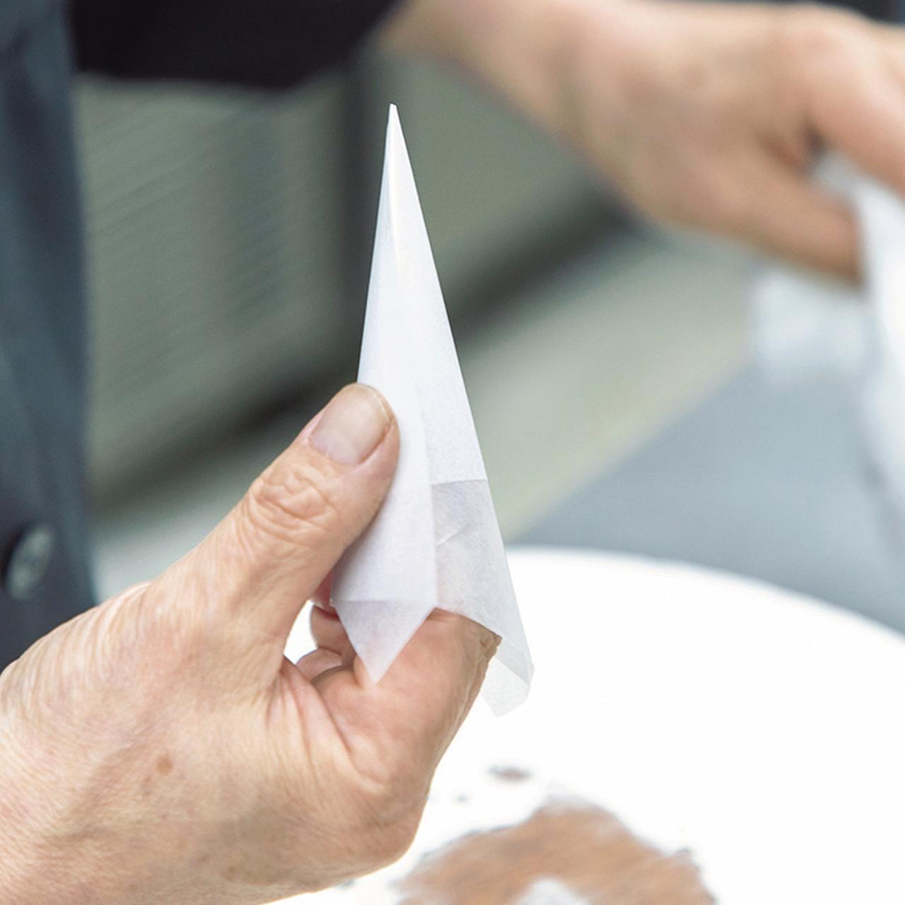 Images : 4番目の画像 - 「パーラー ローレルの 熟練職人が紡ぎだす 花のケーキの物語」のアルバム - T JAPAN:The New York Times Style Magazine 公式サイト