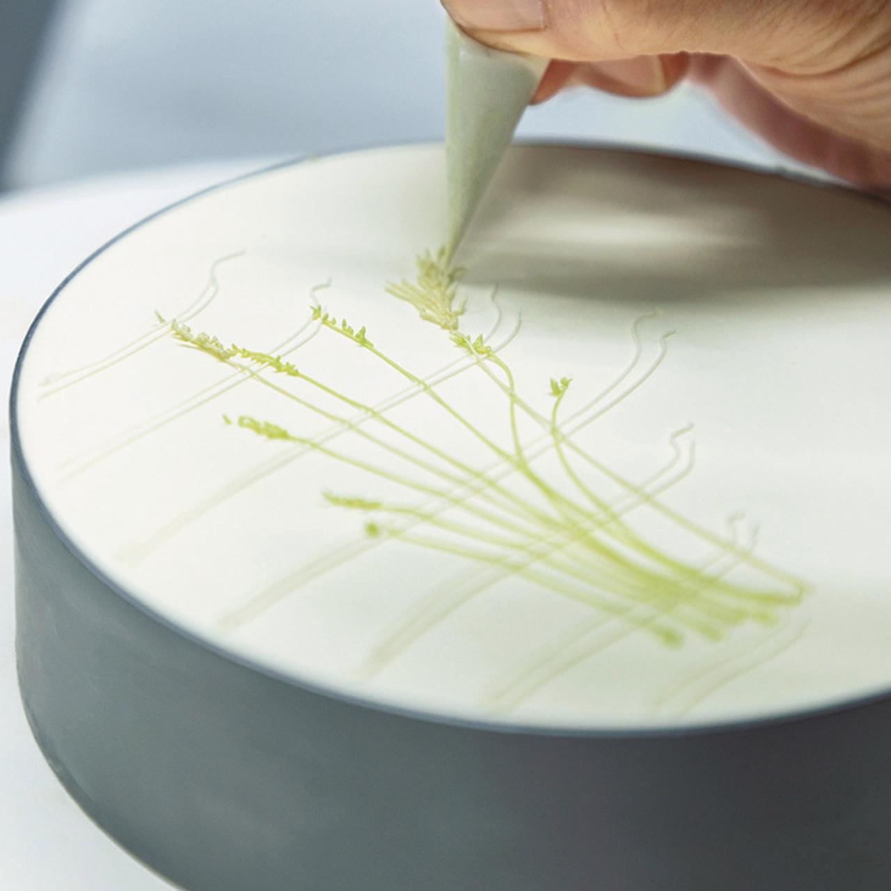 Images : 6番目の画像 - 「パーラー ローレルの 熟練職人が紡ぎだす 花のケーキの物語」のアルバム - T JAPAN:The New York Times Style Magazine 公式サイト