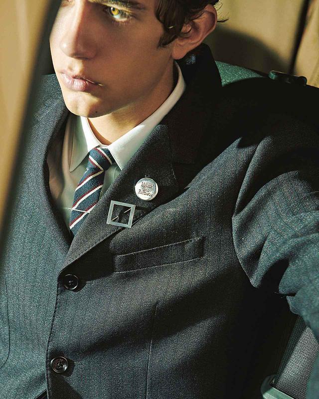 画像2: T JAPAN's Choice 胸元のさりげないテクニックが 男のオンタイムの決め手