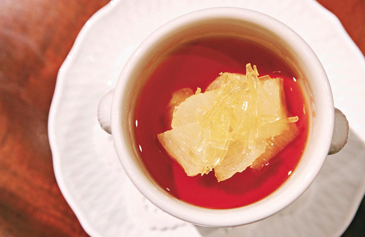 """Images : 6番目の画像 - 「北海道に移ったフランス料理店 「ル・ゴロワ フラノ」の 軌跡に見る""""夢の叶え方""""」のアルバム - T JAPAN:The New York Times Style Magazine 公式サイト"""