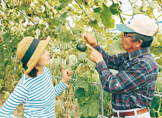 画像: 北海道の食材の素晴らしさを教えてくれた「天心農場」の北川光夫さん。夫妻が師と仰ぐ